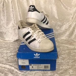 Gently Used Adidas Superstar w C77153  size US9.